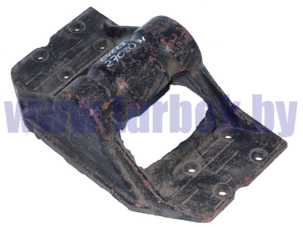 Кронштейн крепления седельного устройства(старого образца) на 8 отверстий