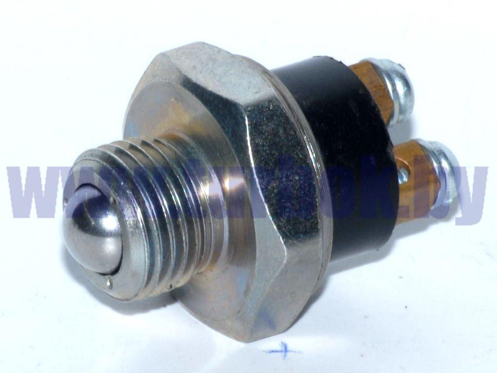 Выключатель света заднего хода/131-3710136-П