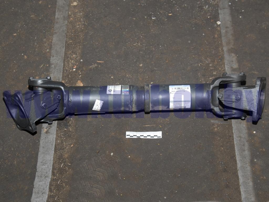 Вал карданный моста заднего (4 отв.) L=724 КАМАЗ-65115
