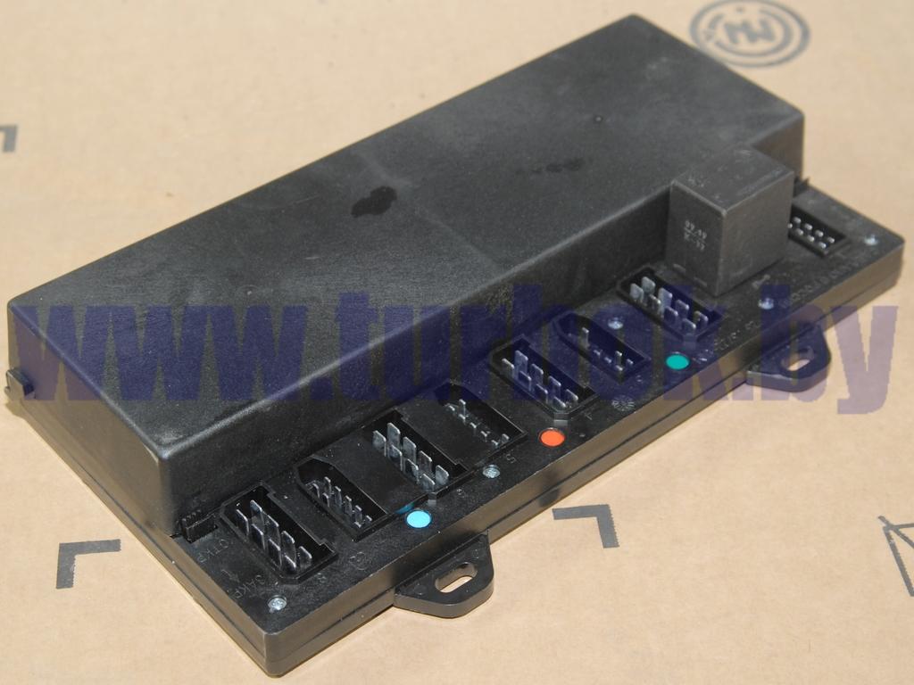 Блок реле и предохранителей  (с сист/контроля)