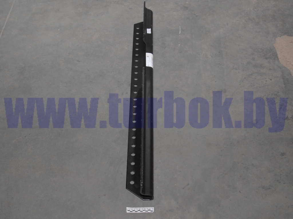 Усилитель(кронштейн седельного устройства) нового образца 6 отверстий правый